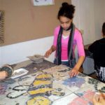 logo in mozaïek kinderworkshop - bij