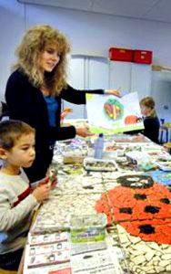 Mozaiek workschop met de kinderen van basisschool.